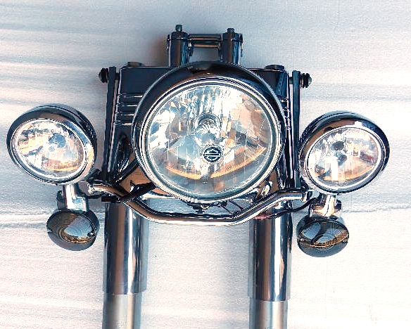 Harley-Front Forks/Headlight/Driving lights-Heritage Softail-Side